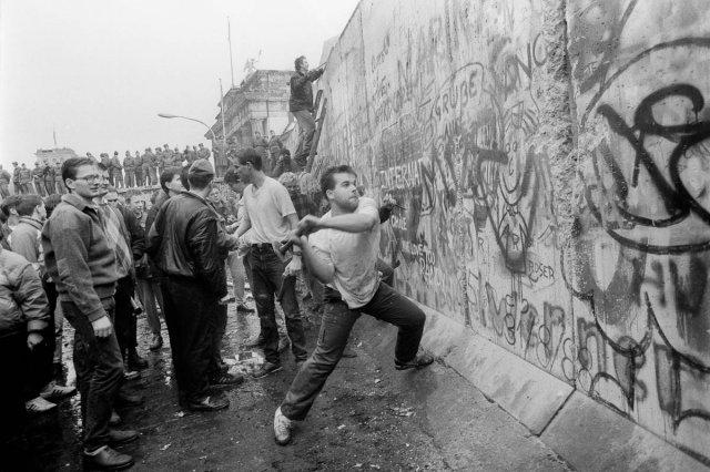 La caída del muro de Berlín tuvo lugar el 9 de Noviembre de 1989