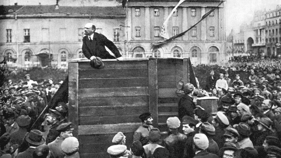 En la imagen se ve a Lenin uno de los lideres de la Revolución Rusa.